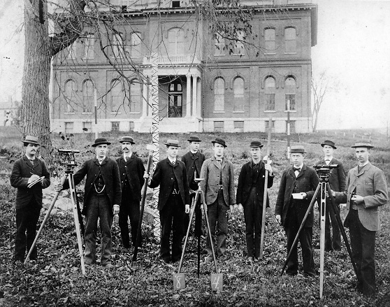 Photo of students standing in front of Culver Hall