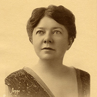 Old sepia portrait photo of woman